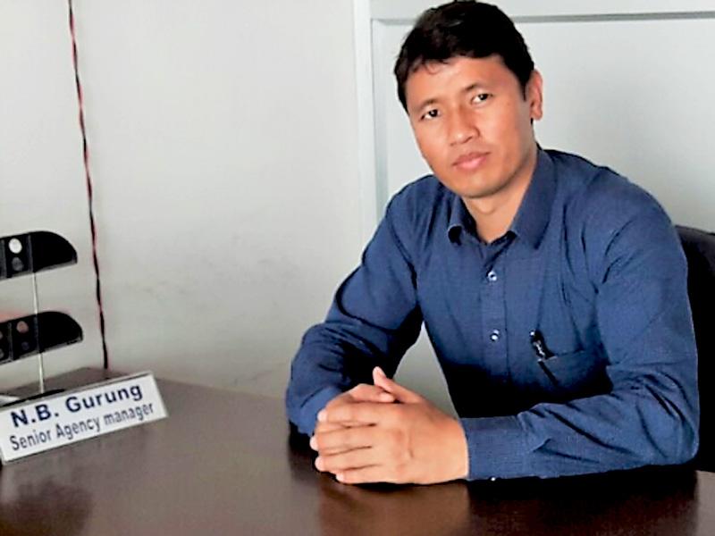 १० वर्ष विदेश बसे नेपाल फर्केर बीमा क्षेत्रमा रमाउँदैछु