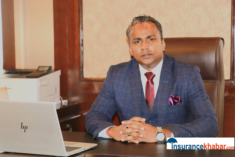 बीमा कम्पनीहरुले मुद्दति निक्षेपमा निर्भर लगानीलाई अब विविधिकरण गर्नुपर्छ-विवेक झा, सिईओ, नेपाल लाईफ