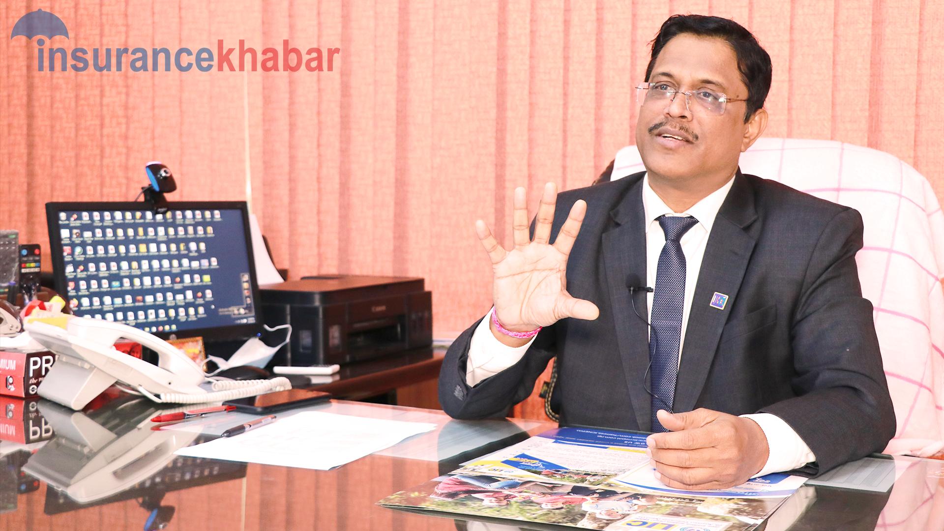 बीमितहरुलाई उच्च प्रतिफल, स्तरीय सेवा र आर्थिक सुरक्षा प्रदान गर्न एलआईसी नेपाल प्रतिबद्ध छ: लक्ष्मी प्रसाद दास