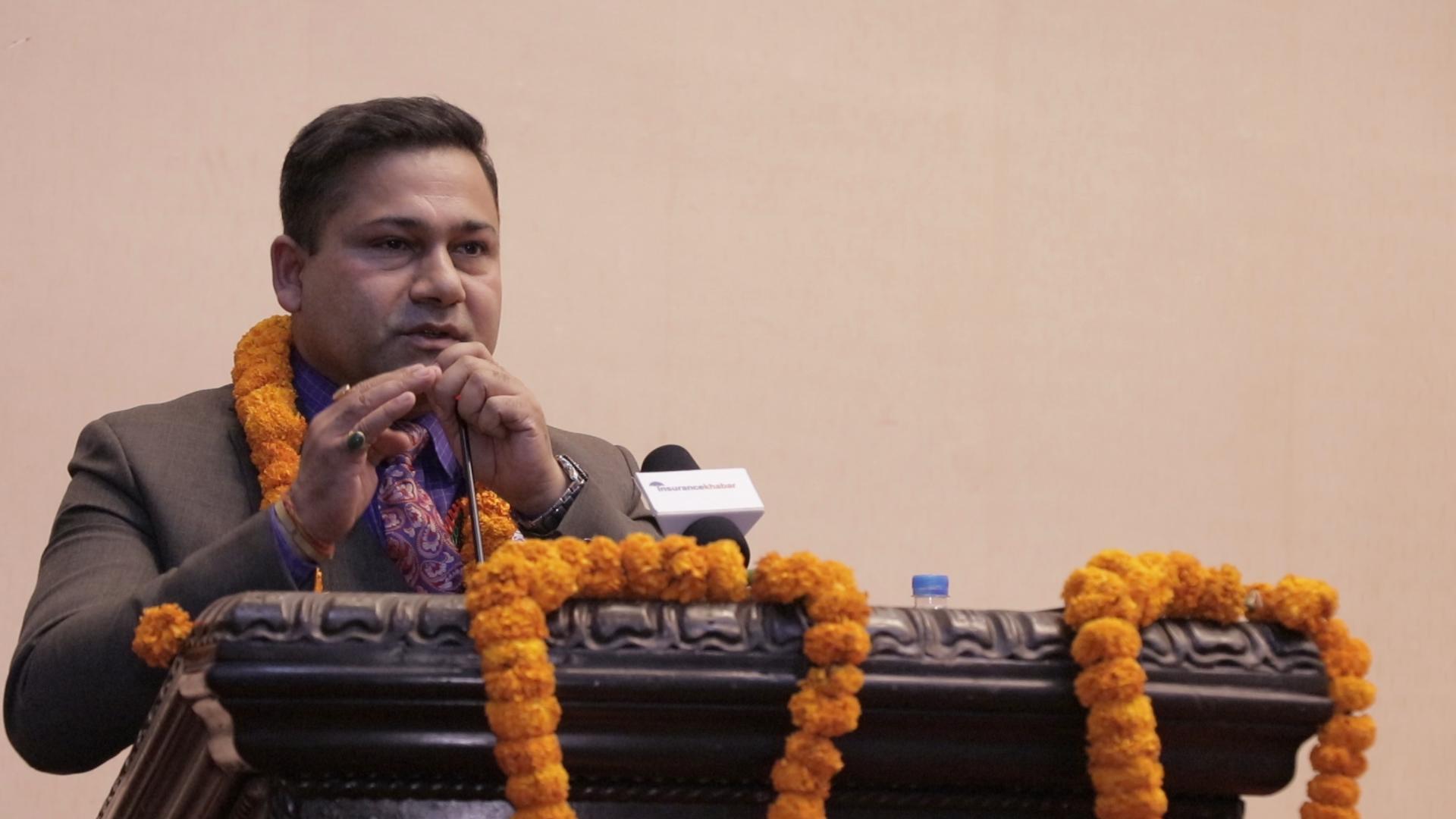 कतिपय कम्पनीको भर्खर बोनसदर बढेको छ- भोलि घट्दैन भन्न सकिदैन : नेपाल लाइफका सन्तोष प्रसाईको विचार